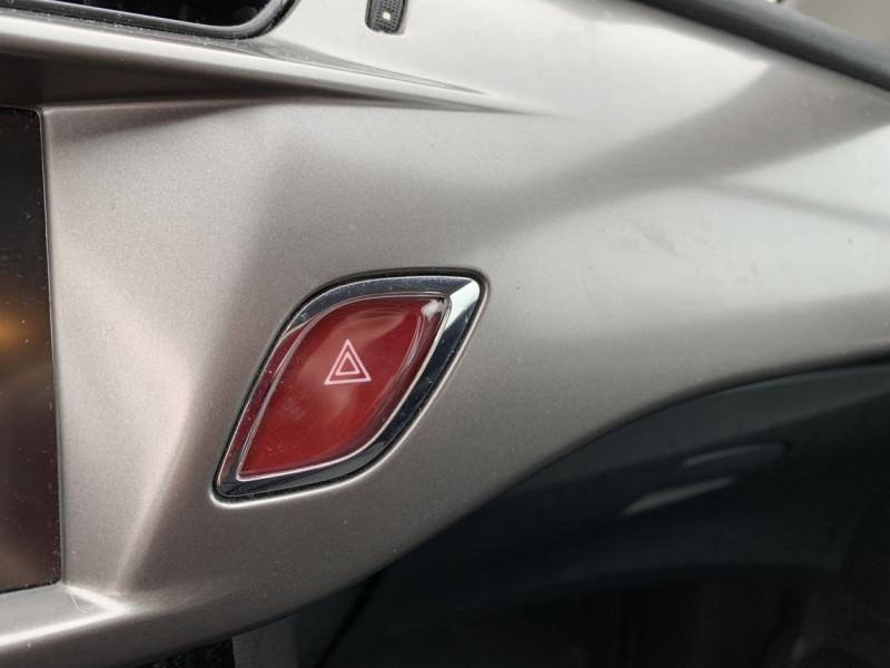 Photo 34 de l'offre de CITROEN C3 SOCIETE BLUEHDI 100 SetS CONFORT à 6990€ chez Centrale auto marché Périgueux