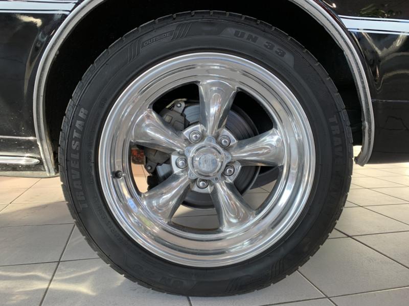 Photo 10 de l'offre de CHEVROLET CAMARO CABRIOLET RS/SS 396CI V8 BIG BLOC à 68000€ chez Centrale auto marché Périgueux