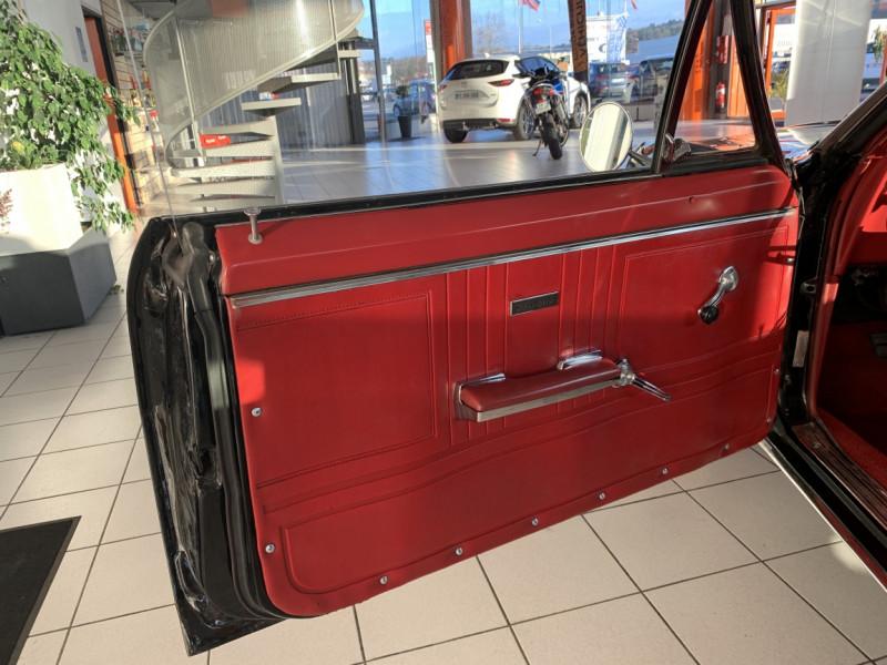 Photo 27 de l'offre de CHEVROLET CAMARO CABRIOLET RS/SS 396CI V8 BIG BLOC à 68000€ chez Centrale auto marché Périgueux