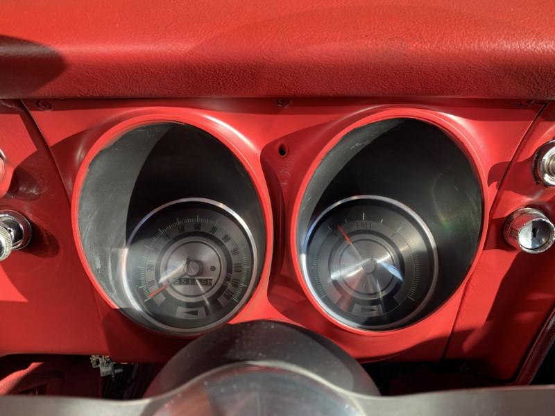 Photo 19 de l'offre de CHEVROLET CAMARO CABRIOLET RS/SS 396CI V8 BIG BLOC à 68000€ chez Centrale auto marché Périgueux
