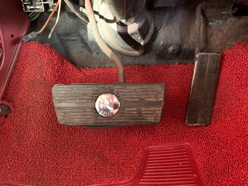 Photo 6 de l'offre de CHEVROLET CAMARO CABRIOLET RS/SS 396CI V8 BIG BLOC à 68000€ chez Centrale auto marché Périgueux