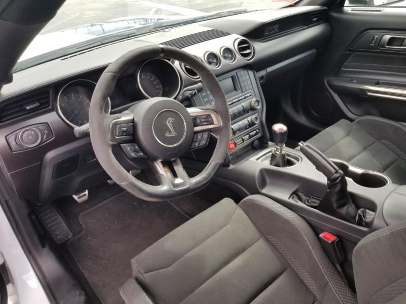 Photo 13 de l'offre de FORD MUSTANG SHELBY GT350 V8 5.2L à 78800€ chez Centrale auto marché Périgueux