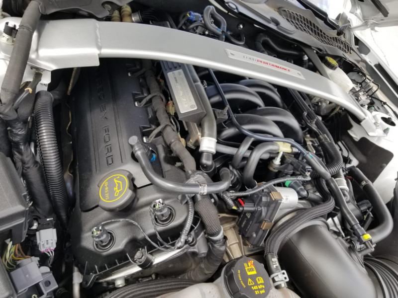 Photo 6 de l'offre de FORD MUSTANG SHELBY GT350 V8 5.2L à 78800€ chez Centrale auto marché Périgueux