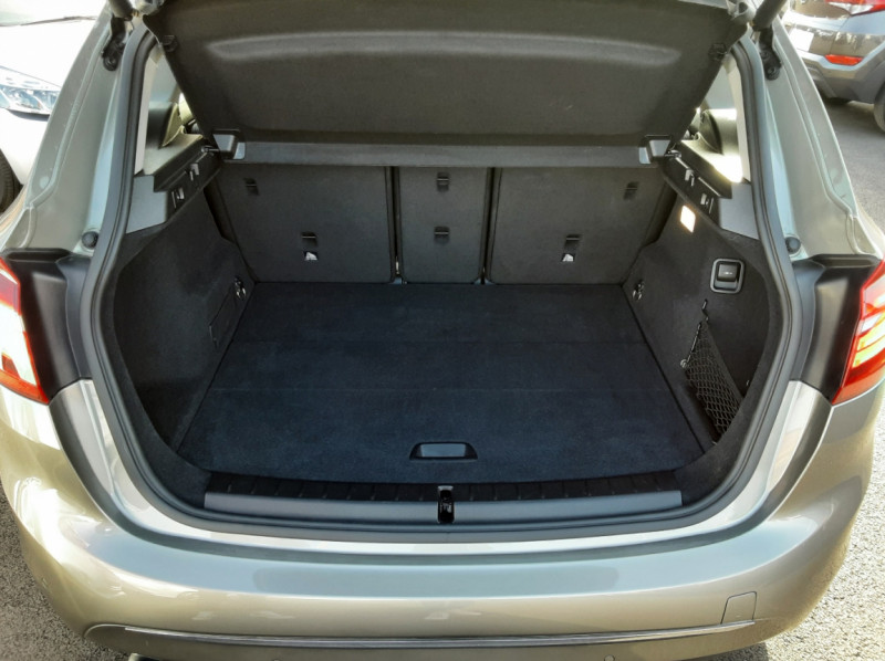 Photo 6 de l'offre de BMW SERIE 2 ACTIVE TOURER 214d 95 ch Luxury à 18490€ chez Centrale auto marché Périgueux