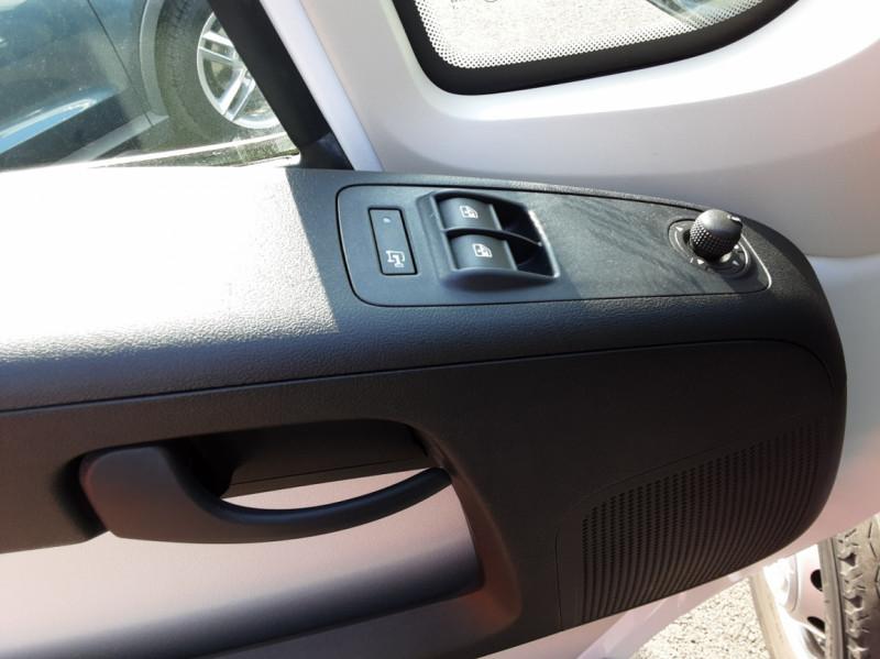 Photo 25 de l'offre de FIAT DUCATO L2H2 2.0 MJT 115 E6 PACK PRO NAV à 17490€ chez Centrale auto marché Périgueux