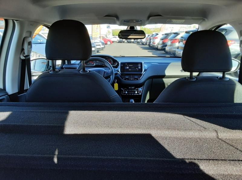Photo 37 de l'offre de PEUGEOT 208 AFFAIRE 1.6 E-HDi 92 FAP BVM5 PACK CLIM CONFORT à 5990€ chez Centrale auto marché Périgueux