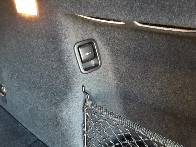 Photo 9 de l'offre de BMW X1 sDrive 18d 150 ch Design à 20800€ chez Centrale auto marché Périgueux