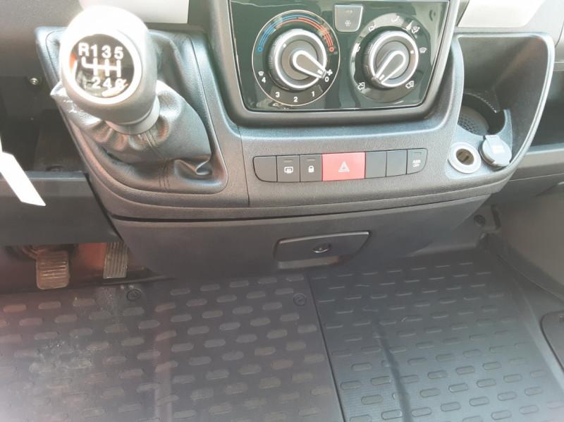 Photo 3 de l'offre de FIAT DUCATO L2H2 2.0 MJT 115 E6 PACK PRO NAV à 17490€ chez Centrale auto marché Périgueux