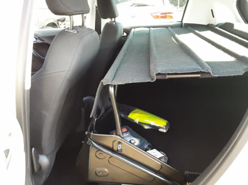 Photo 5 de l'offre de PEUGEOT 208 AFFAIRE 1.6 E-HDi 92 FAP BVM5 PACK CLIM CONFORT à 5990€ chez Centrale auto marché Périgueux