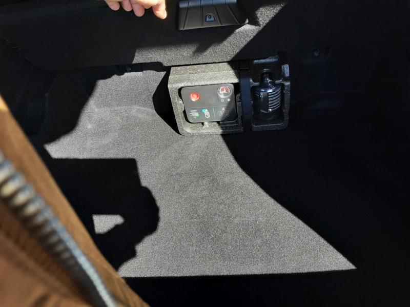 Photo 13 de l'offre de BMW X1 sDrive 18d 150 ch Design à 20800€ chez Centrale auto marché Périgueux