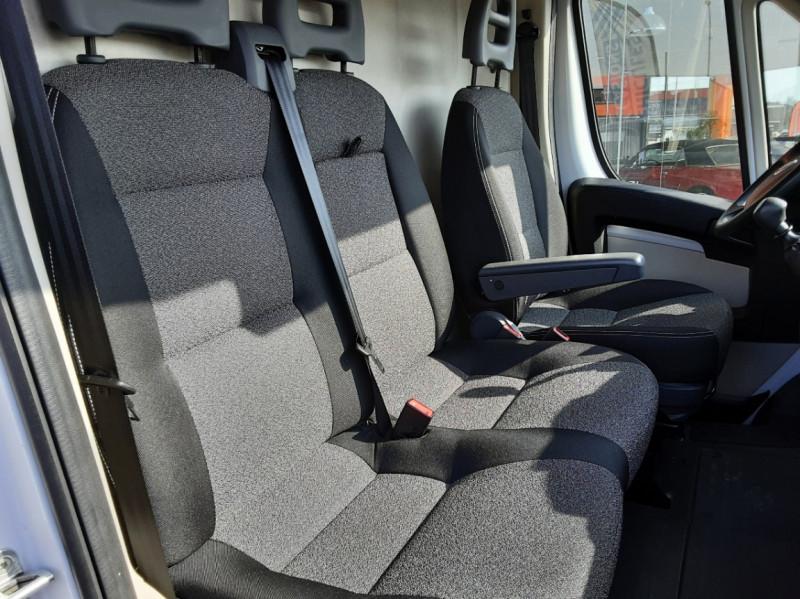 Photo 9 de l'offre de FIAT DUCATO L2H2 2.0 MJT 115 E6 PACK PRO NAV à 17490€ chez Centrale auto marché Périgueux