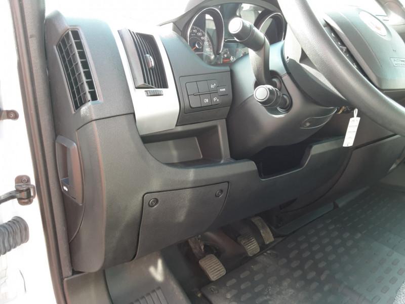 Photo 18 de l'offre de FIAT DUCATO L2H2 2.0 MJT 115 E6 PACK PRO NAV à 17490€ chez Centrale auto marché Périgueux