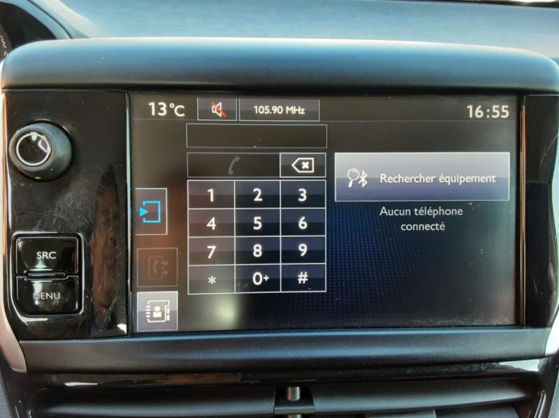 Photo 20 de l'offre de PEUGEOT 208 AFFAIRE 1.6 E-HDi 92 FAP BVM5 PACK CLIM CONFORT à 5990€ chez Centrale auto marché Périgueux