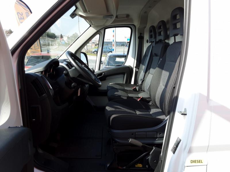 Photo 21 de l'offre de FIAT DUCATO L2H2 2.0 MJT 115 E6 PACK PRO NAV à 17490€ chez Centrale auto marché Périgueux