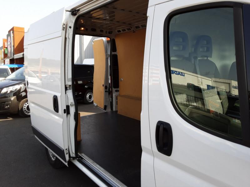 Photo 31 de l'offre de FIAT DUCATO L2H2 2.0 MJT 115 E6 PACK PRO NAV à 17490€ chez Centrale auto marché Périgueux