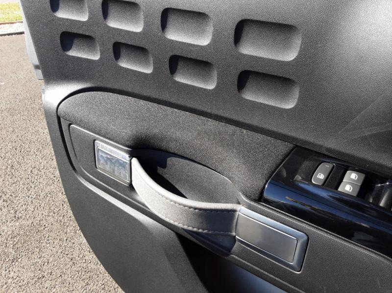 Photo 50 de l'offre de CITROEN C3 PureTech 82 SetS Business à 12890€ chez Centrale auto marché Périgueux