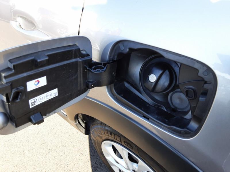 Photo 45 de l'offre de CITROEN C3 PureTech 82 SetS Business à 12890€ chez Centrale auto marché Périgueux