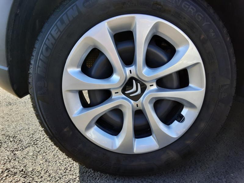 Photo 13 de l'offre de CITROEN C3 PureTech 82 SetS Business à 12890€ chez Centrale auto marché Périgueux