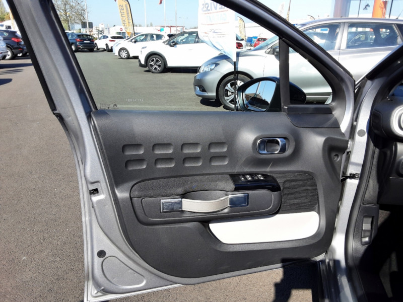 Photo 22 de l'offre de CITROEN C3 PureTech 82 SetS Business à 12890€ chez Centrale auto marché Périgueux