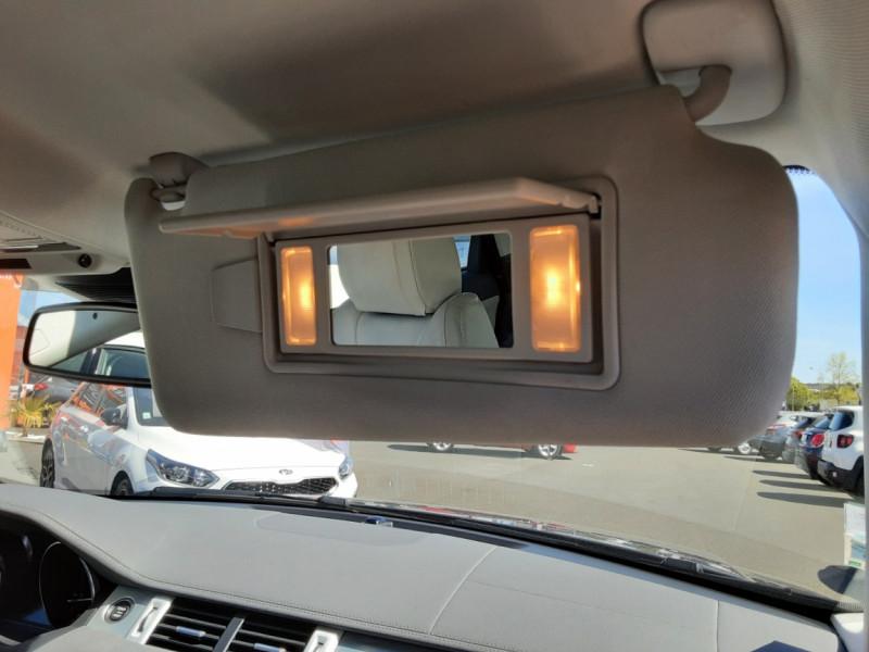 Photo 49 de l'offre de LAND-ROVER RANGE ROVER EVOQUE Mark IV eD4 150 2WD Executive à 23500€ chez Centrale auto marché Périgueux