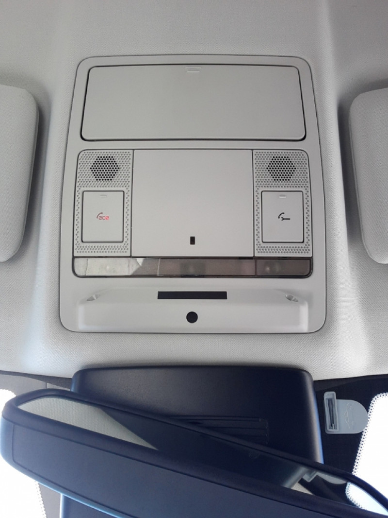 Photo 6 de l'offre de LAND-ROVER RANGE ROVER EVOQUE Mark IV eD4 150 2WD Executive à 23500€ chez Centrale auto marché Périgueux