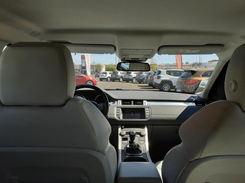 Photo 43 de l'offre de LAND-ROVER RANGE ROVER EVOQUE Mark IV eD4 150 2WD Executive à 23500€ chez Centrale auto marché Périgueux