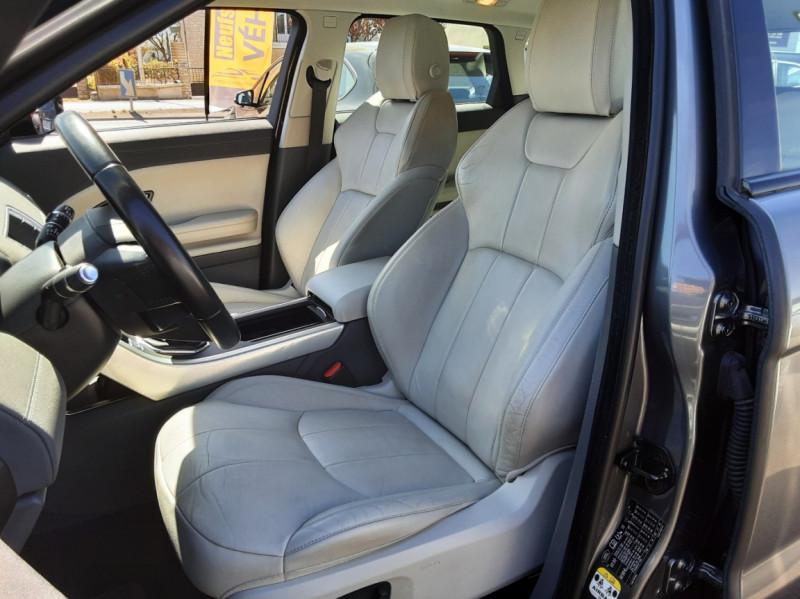 Photo 44 de l'offre de LAND-ROVER RANGE ROVER EVOQUE Mark IV eD4 150 2WD Executive à 23500€ chez Centrale auto marché Périgueux