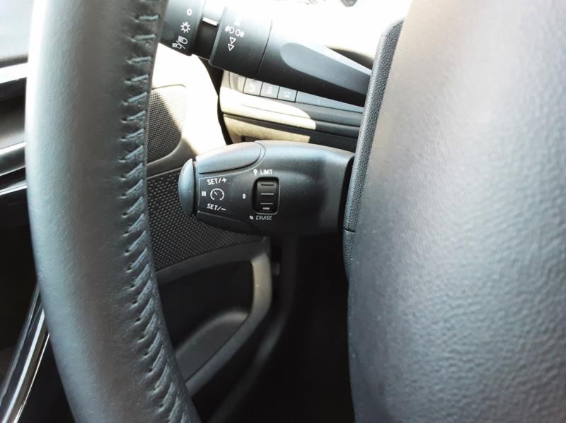 Photo 3 de l'offre de PEUGEOT 208 1.6 BlueHDi 75ch SetS BVM5 Active Business à 11200€ chez Centrale auto marché Périgueux