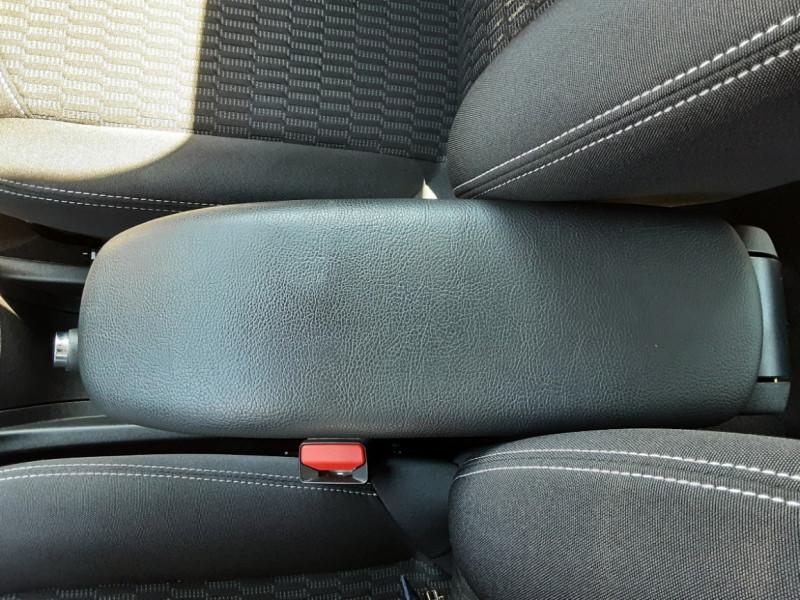 Photo 8 de l'offre de PEUGEOT 208 1.6 BlueHDi 75ch SetS BVM5 Active Business à 11200€ chez Centrale auto marché Périgueux