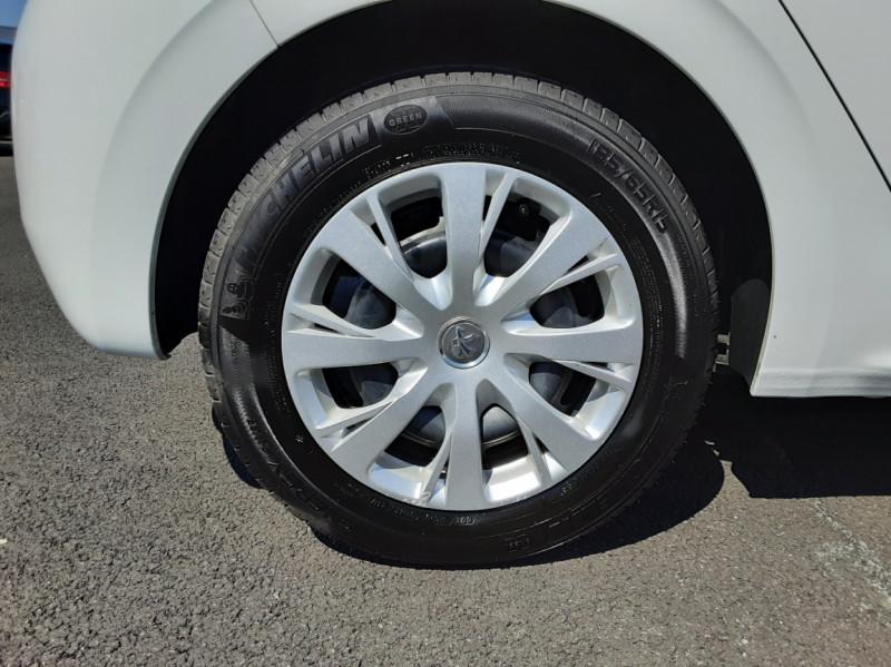 Photo 43 de l'offre de PEUGEOT 208 1.6 BlueHDi 75ch SetS BVM5 Active Business à 11200€ chez Centrale auto marché Périgueux