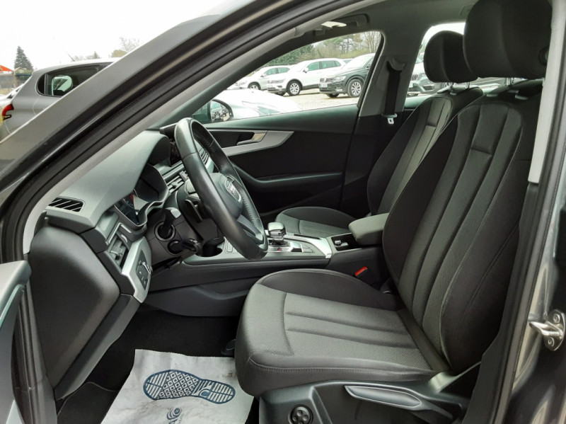 Photo 36 de l'offre de AUDI A4 Avant 2.0 TDI ultra 150 S tronic 7 Business Line à 21900€ chez Centrale auto marché Périgueux