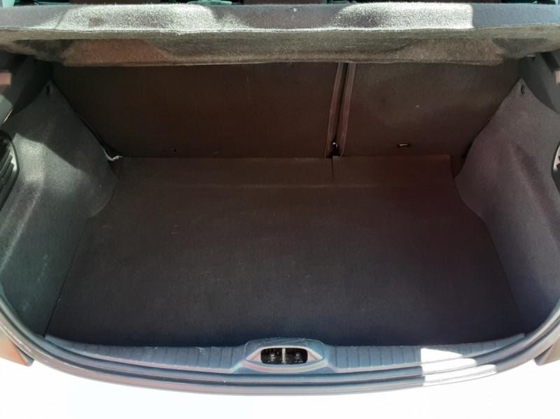 Photo 49 de l'offre de PEUGEOT 208 1.6 BlueHDi 75ch SetS BVM5 Active Business à 11200€ chez Centrale auto marché Périgueux