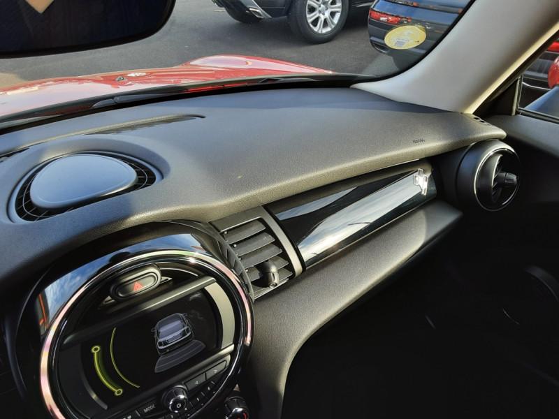 Photo 40 de l'offre de MINI MINI One D 95 ch Edition Blackfriars à 17990€ chez Centrale auto marché Périgueux