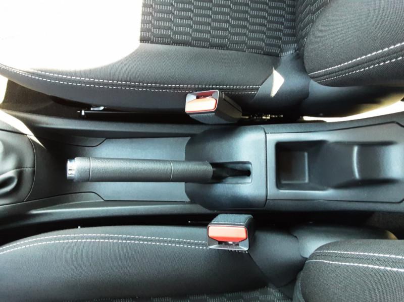 Photo 7 de l'offre de PEUGEOT 208 1.6 BlueHDi 75ch SetS BVM5 Active Business à 11200€ chez Centrale auto marché Périgueux