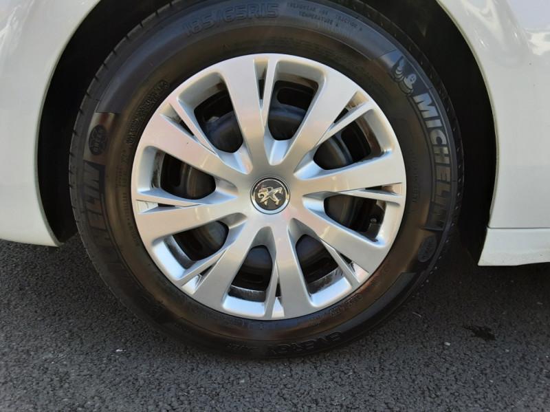 Photo 20 de l'offre de PEUGEOT 208 1.6 BlueHDi 75ch SetS BVM5 Active Business à 11200€ chez Centrale auto marché Périgueux