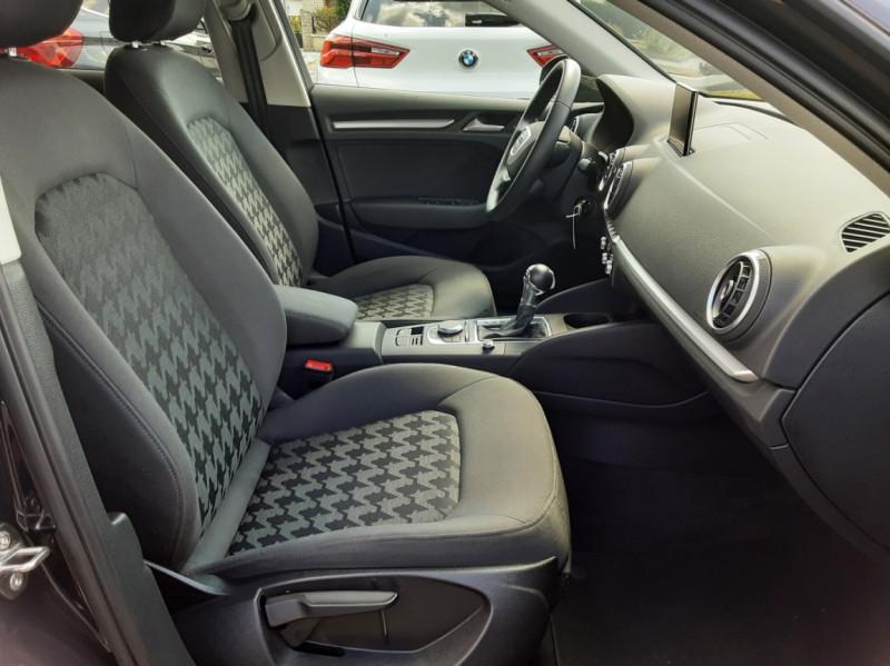 Photo 44 de l'offre de AUDI A3 Sportback 2.0 TDI 150 S tronic 6 Business Line à 20500€ chez Centrale auto marché Périgueux
