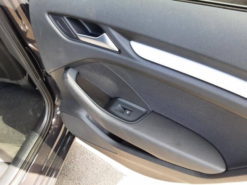 Photo 17 de l'offre de AUDI A3 Sportback 2.0 TDI 150 S tronic 6 Business Line à 20500€ chez Centrale auto marché Périgueux