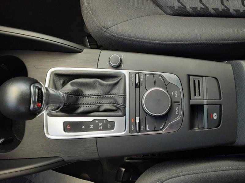 Photo 20 de l'offre de AUDI A3 Sportback 2.0 TDI 150 S tronic 6 Business Line à 20500€ chez Centrale auto marché Périgueux