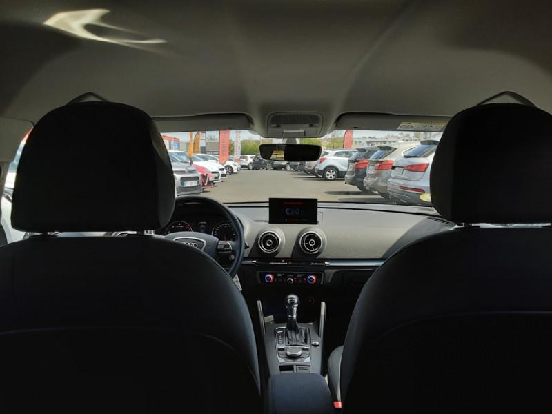 Photo 5 de l'offre de AUDI A3 Sportback 2.0 TDI 150 S tronic 6 Business Line à 20500€ chez Centrale auto marché Périgueux