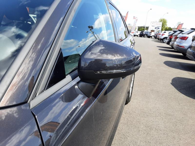 Photo 30 de l'offre de AUDI A3 Sportback 2.0 TDI 150 S tronic 6 Business Line à 20500€ chez Centrale auto marché Périgueux