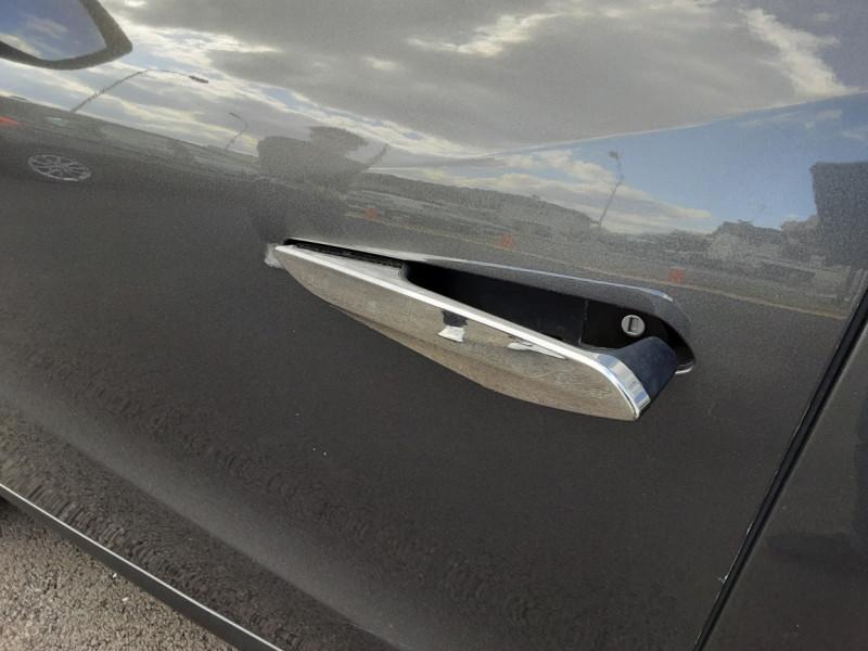 Photo 32 de l'offre de DS DS3 CROSSBACK BlueHDi 100 SetS BVM6 So Chic à 23990€ chez Centrale auto marché Périgueux