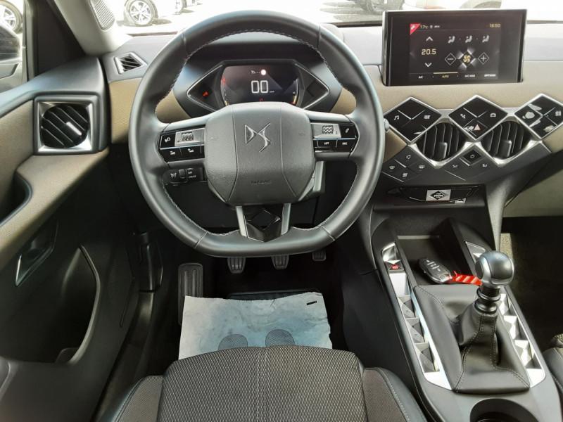 Photo 9 de l'offre de DS DS3 CROSSBACK BlueHDi 100 SetS BVM6 So Chic à 23990€ chez Centrale auto marché Périgueux