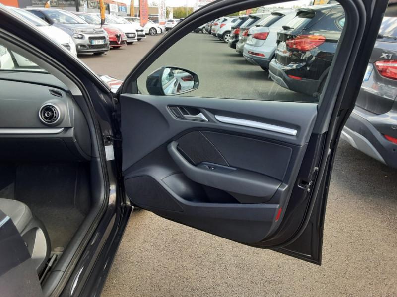 Photo 41 de l'offre de AUDI A3 Sportback 2.0 TDI 150 S tronic 6 Business Line à 20500€ chez Centrale auto marché Périgueux
