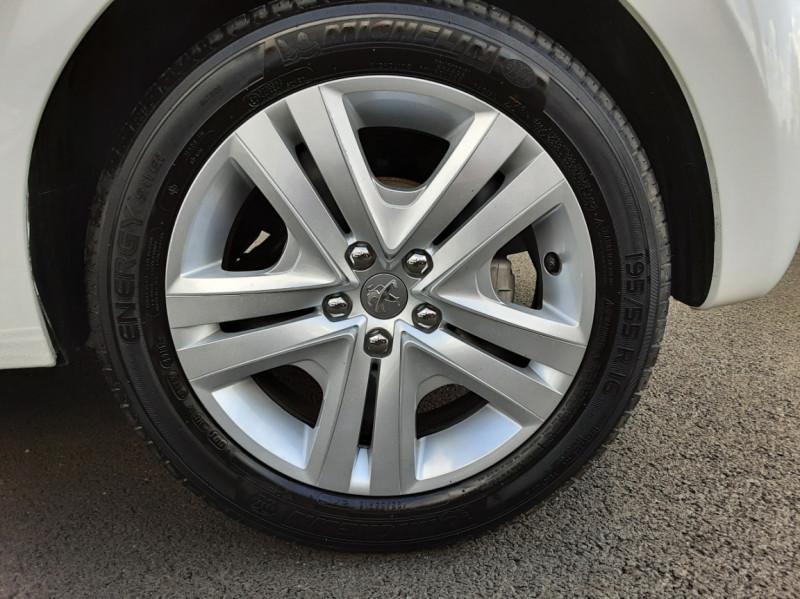 Photo 9 de l'offre de PEUGEOT 208 1.6 BlueHDi 100ch SetS BVM5 Allure Business à 12490€ chez Centrale auto marché Périgueux