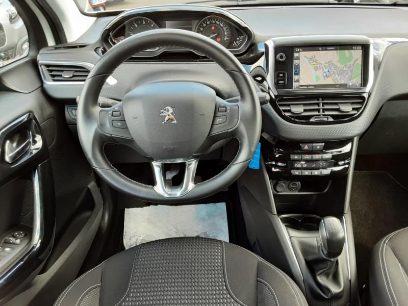 Photo 11 de l'offre de PEUGEOT 208 1.6 BlueHDi 100ch SetS BVM5 Allure Business à 12490€ chez Centrale auto marché Périgueux
