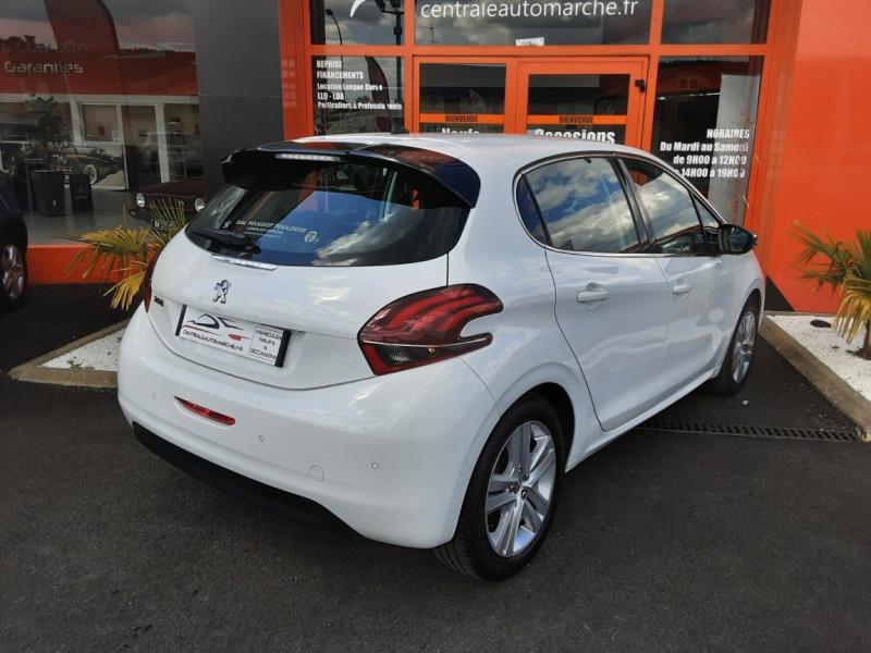 Photo 2 de l'offre de PEUGEOT 208 1.6 BlueHDi 100ch SetS BVM5 Allure Business à 12490€ chez Centrale auto marché Périgueux