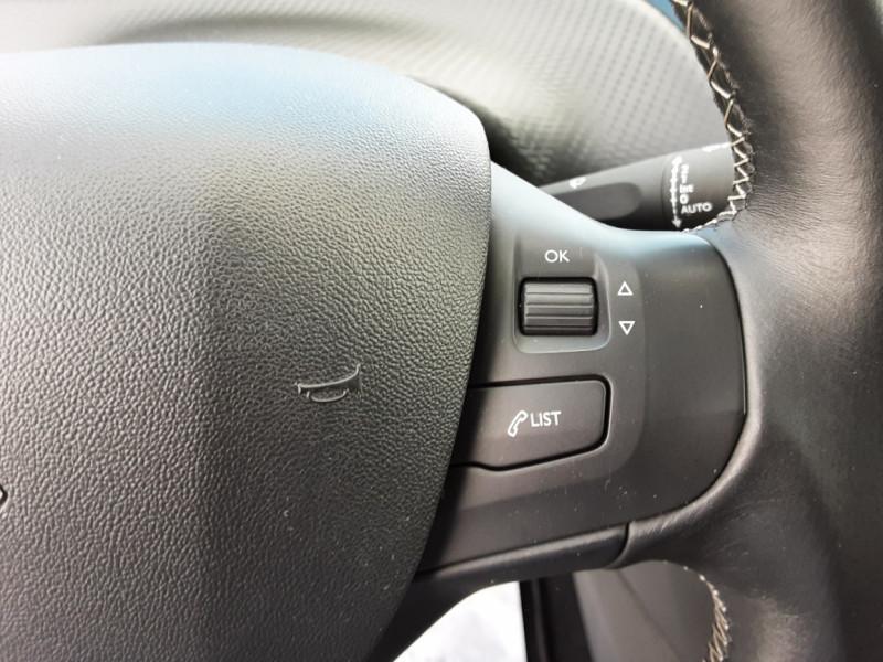 Photo 22 de l'offre de PEUGEOT 208 1.6 BlueHDi 100ch SetS BVM5 Allure Business à 12490€ chez Centrale auto marché Périgueux