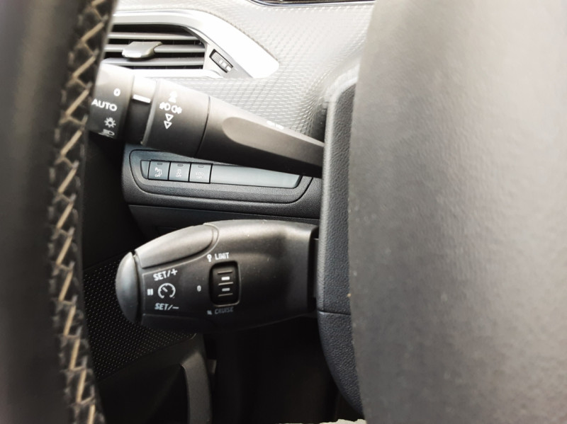 Photo 18 de l'offre de PEUGEOT 208 1.6 BlueHDi 100ch SetS BVM5 Allure Business à 12490€ chez Centrale auto marché Périgueux