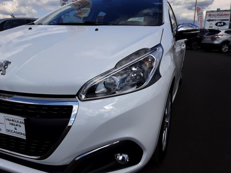 Photo 36 de l'offre de PEUGEOT 208 1.6 BlueHDi 100ch SetS BVM5 Allure Business à 12490€ chez Centrale auto marché Périgueux