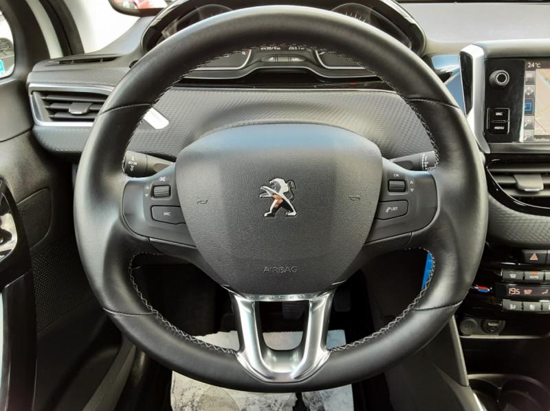 Photo 13 de l'offre de PEUGEOT 208 1.6 BlueHDi 100ch SetS BVM5 Allure Business à 12490€ chez Centrale auto marché Périgueux